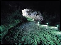 ถ้ำมันจัง (Manjanggul Cave)