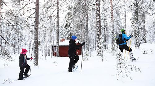 Lumikenkäretkellä on seikkailun makua