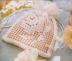 Patrón #832: Bolsita a crochet