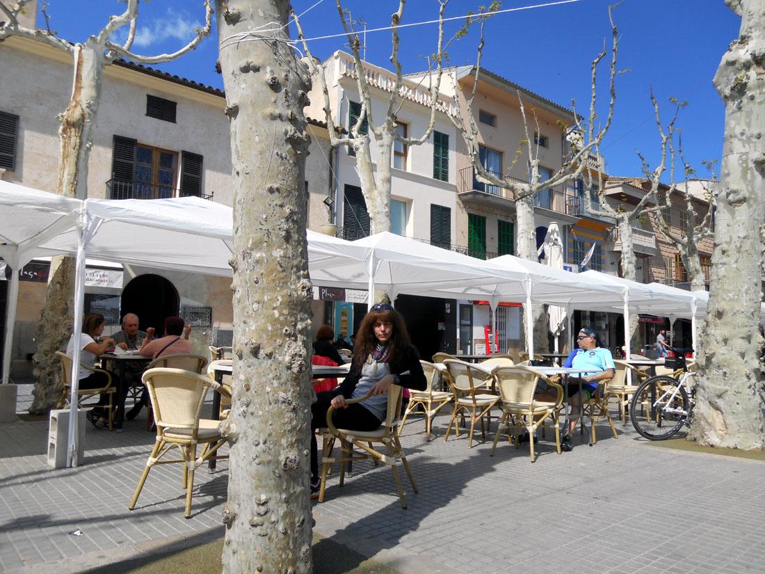 Io in piazza a Mallorca