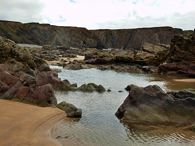 Rock Pools at Northcott Mouth, North Cornwall