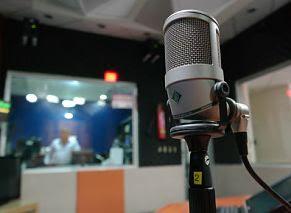 Simple home recording studio equipment
