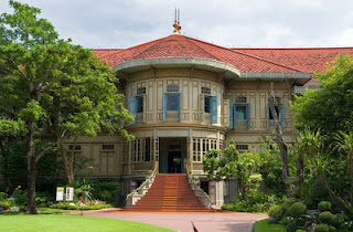 Vianmek Teak Mansion