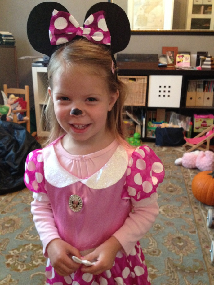granddaughter dressing up as Minnie Mouse: LadyD Books