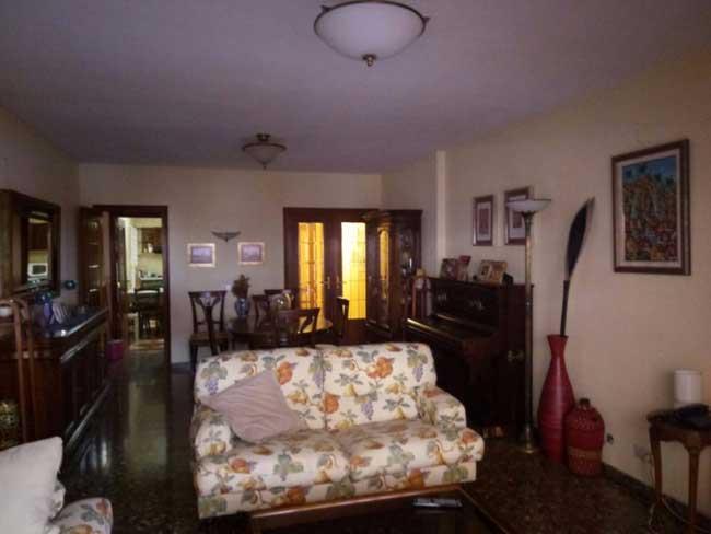 piso en venta calle tarragona castellon salon