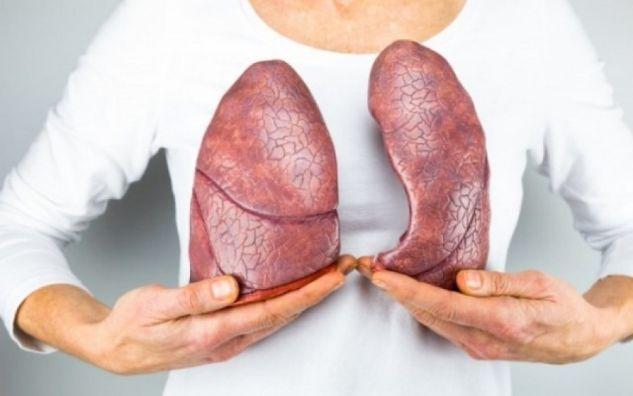 Τέλος σε πίσσα και νικοτίνη- Δείτε πως θα καθαρίσετε τους πνεύμονες σας!
