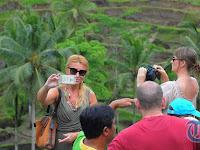 Fenomena Bule di Bali, Kini Banyak yang Datang Hanya untuk Transit Lalu Menuju ke Lokasi Ini!