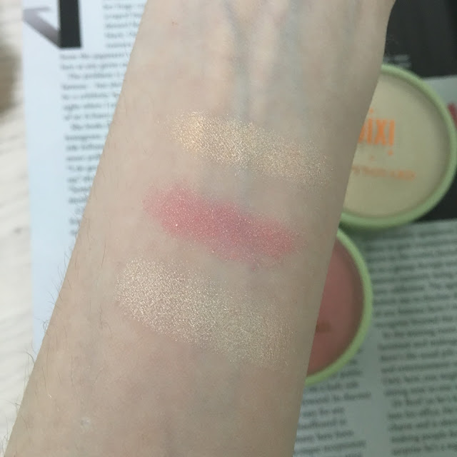 Pixi-Aspynovard-collaboration-product-review-swatches