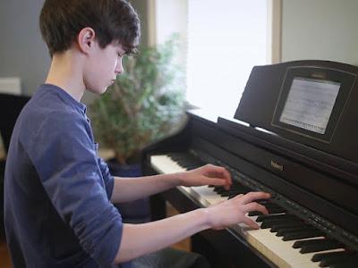 Bán đàn piano điện cho bé, cho trẻ em giá rẻ