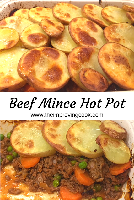 2 images of beef mince hot pot cooked, with a text label between