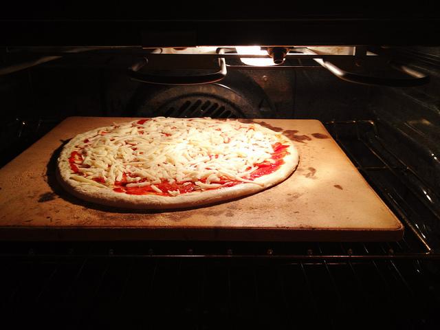 Pizzastein Test: Backsteine Ohne Kompromisse Für Die