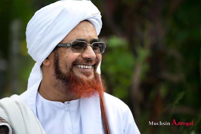 Tuduhan Teroris Kepada Islam, Karena Perilaku Muslim itu Sendiri