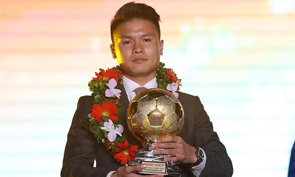 Nguyễn Quang Hải giành Quả bóng vàng Việt Nam 2018