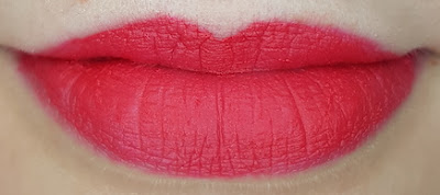 Avon mark. Liquid Lip Lacquer Matte in Head Turner