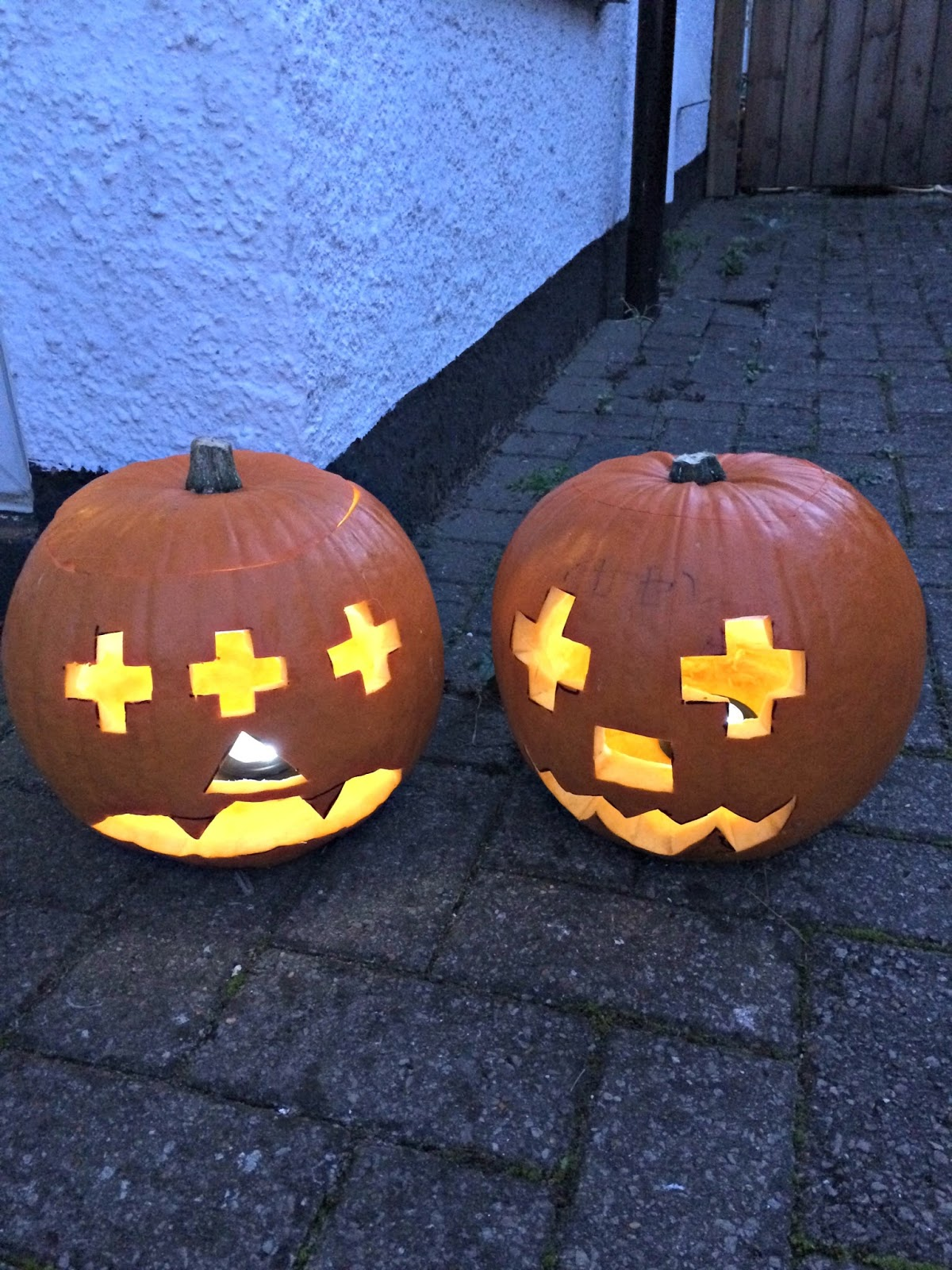 2 pumpkins, Hobbis Family Halloween 2016