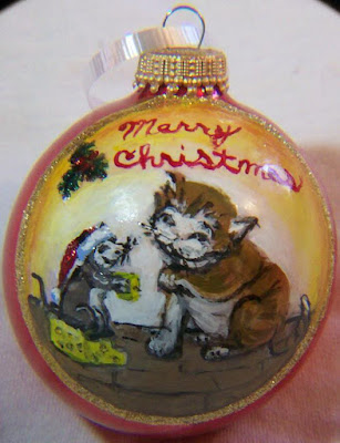 Cat/Mouse Christmas Ornament
