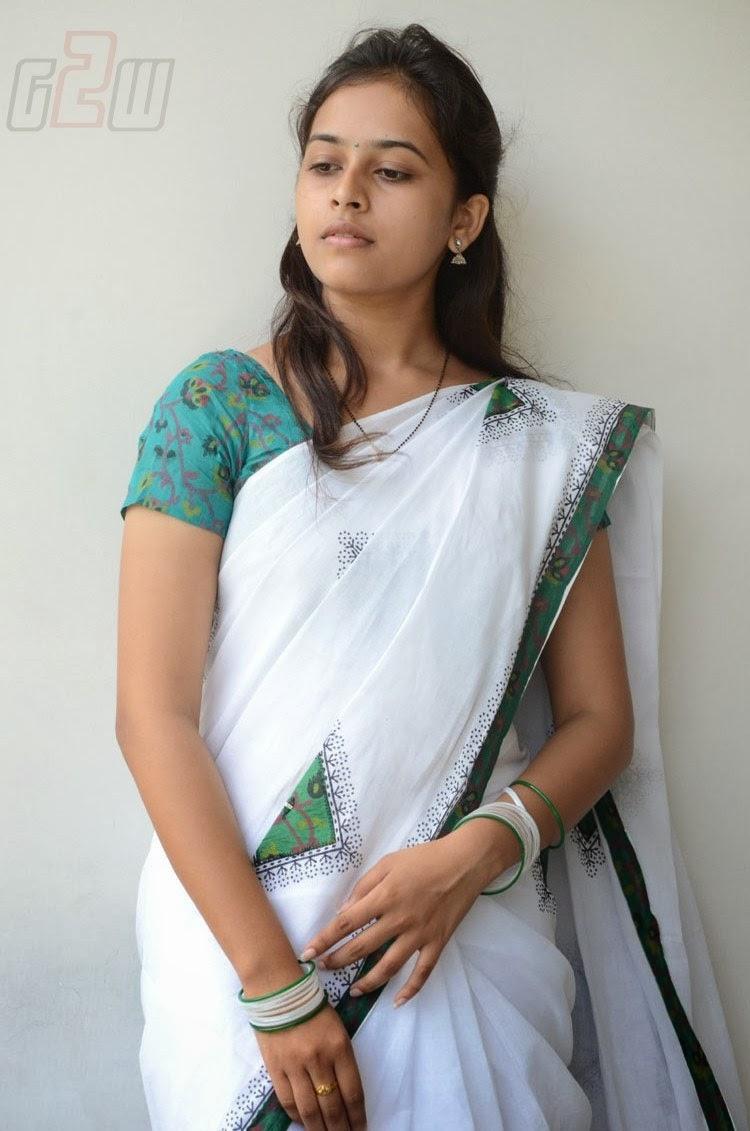 South Actress Hot Pics: SOUTH ACTRESS SRI DIVYA LATEST ...