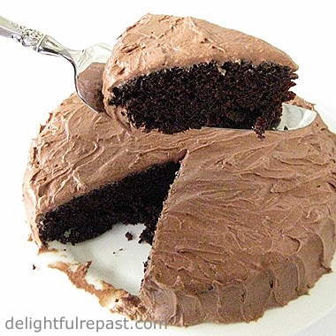 One-Bowl Chocolate Cake - Depression Cake - happens to be vegan / www.delightfulrepast.com