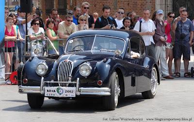 Jaguar XK 140 FHC z 1955 roku