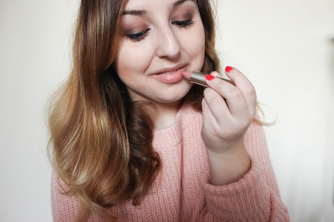 Valentine S Day Look With Maybelline Sweet Short Amp Stylish