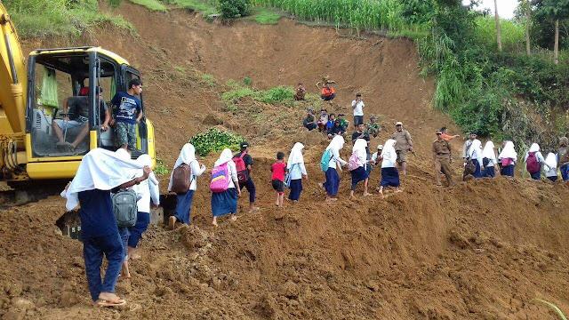 Longsor Lagi di Luwu, 246 KK Terisolir di Desa Kaladi