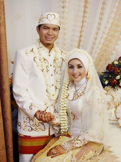 Gaun Pesta Brokat Mewah Pasangan