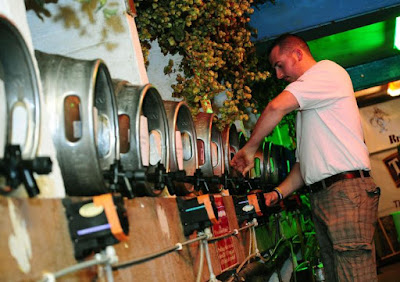 Man pouring pint at Cornish Beer festival
