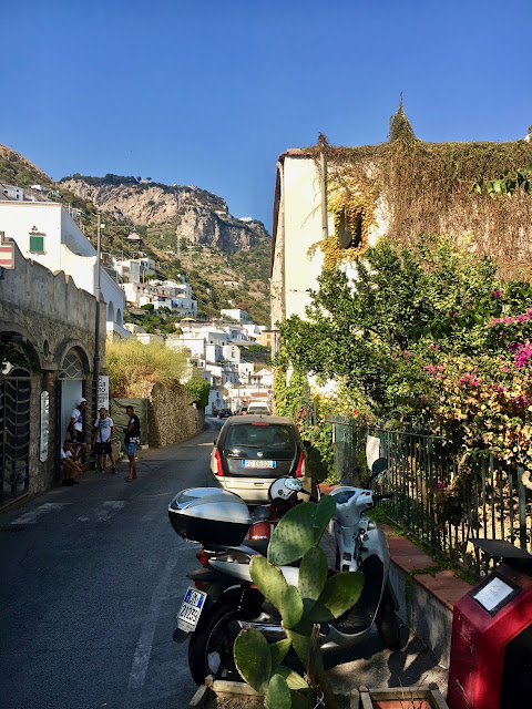 Where to stay and where to eat in Praiano, Amalfi Coast