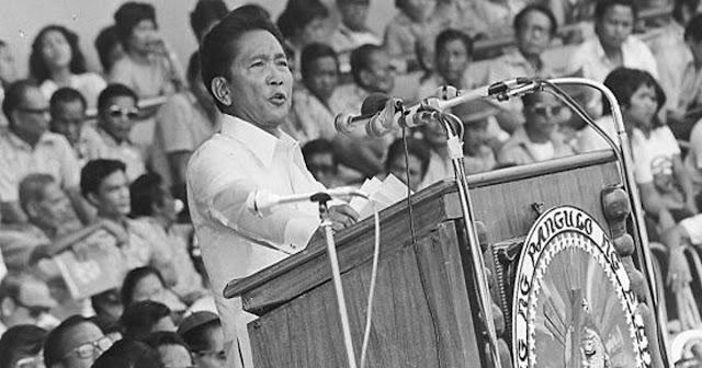 WATCH: Panahon ng Martial Law, hindi nakatulong sa Ekonomiya.