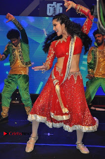 Bollywood Actress Model Sunny Leone Dance Performance in Red Half Saree at Rogue Audio Launch 13 March 2017  0044.jpg