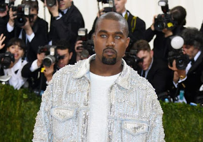 kanye-west-deletes-social-media-accounts