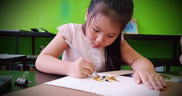 Ý Nhi (5 tuổi) học viên trung tâm Nét Ngộ