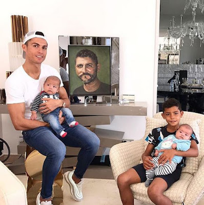 cR7 and children