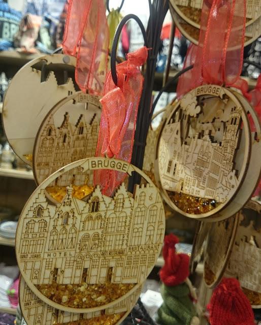 Brugge, wooden souvenir, amber