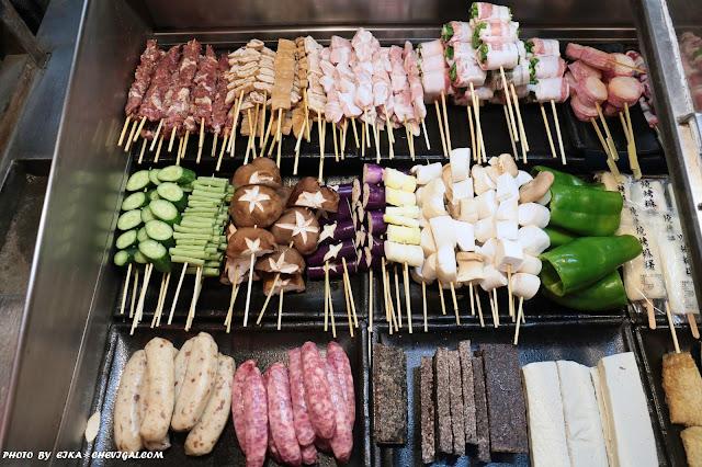 IMG 9517 - 台中西屯│炭燒烤,中科也有平價的仿日式推車燒烤!調味偏清爽,不用再加醬料就很剛好~