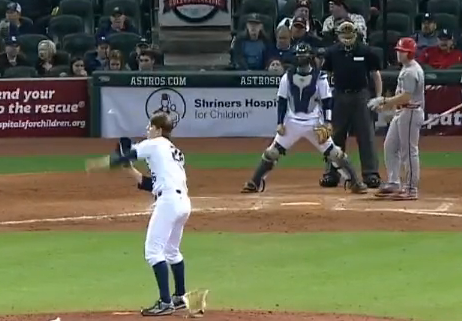 Rice pitcher Blake Fox sneaky pickoff move
