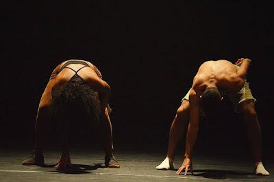 Mês da Consciência Negra no Sesc: espetáculo com a Cia. Viela de Danças Urbanas, de Registro-SP