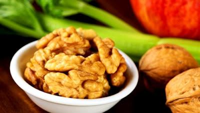 Les noix de Grenoble font-elles grossir ?