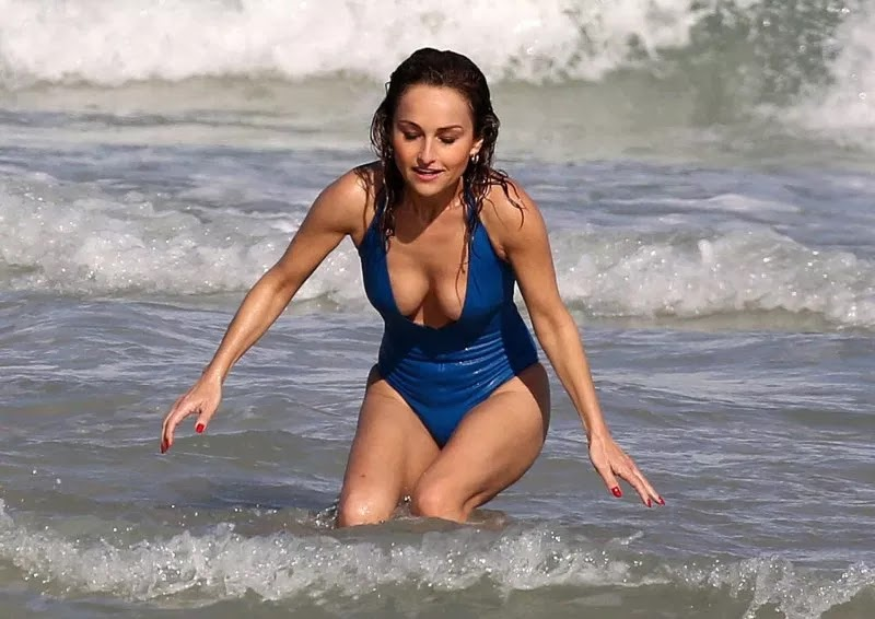 Giada De Laurentiis Wets Our Appetite During Stunning Miami Beach Frolic