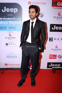 Red Carpet of Most Stylish Awards 2017 ~ Ayushmann Khurrana  (3).JPG