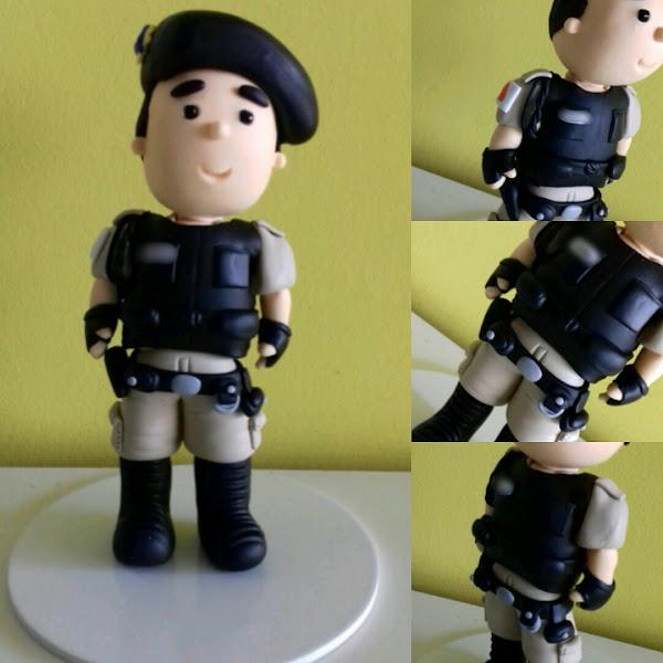 Topo de Bolo de Policial