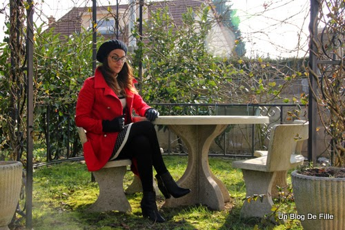 http://unblogdefille.blogspot.fr/2015/02/ootd-manteau-rouge-et-robe-dhiver-ideal.html
