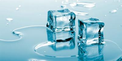 5 Hal Yang Bisa Terjadi Pada Tubuh Saat Menempelkan Es Batu Di leher