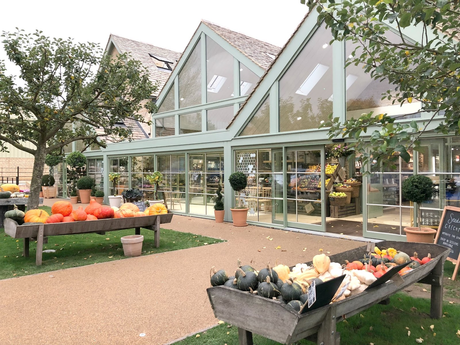 Spend a day in the Cotswolds - Daylesford Farm