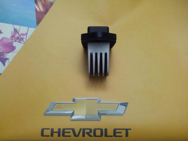 Biến trở quạt gió điều hòa xe Captiva chính hãng GM