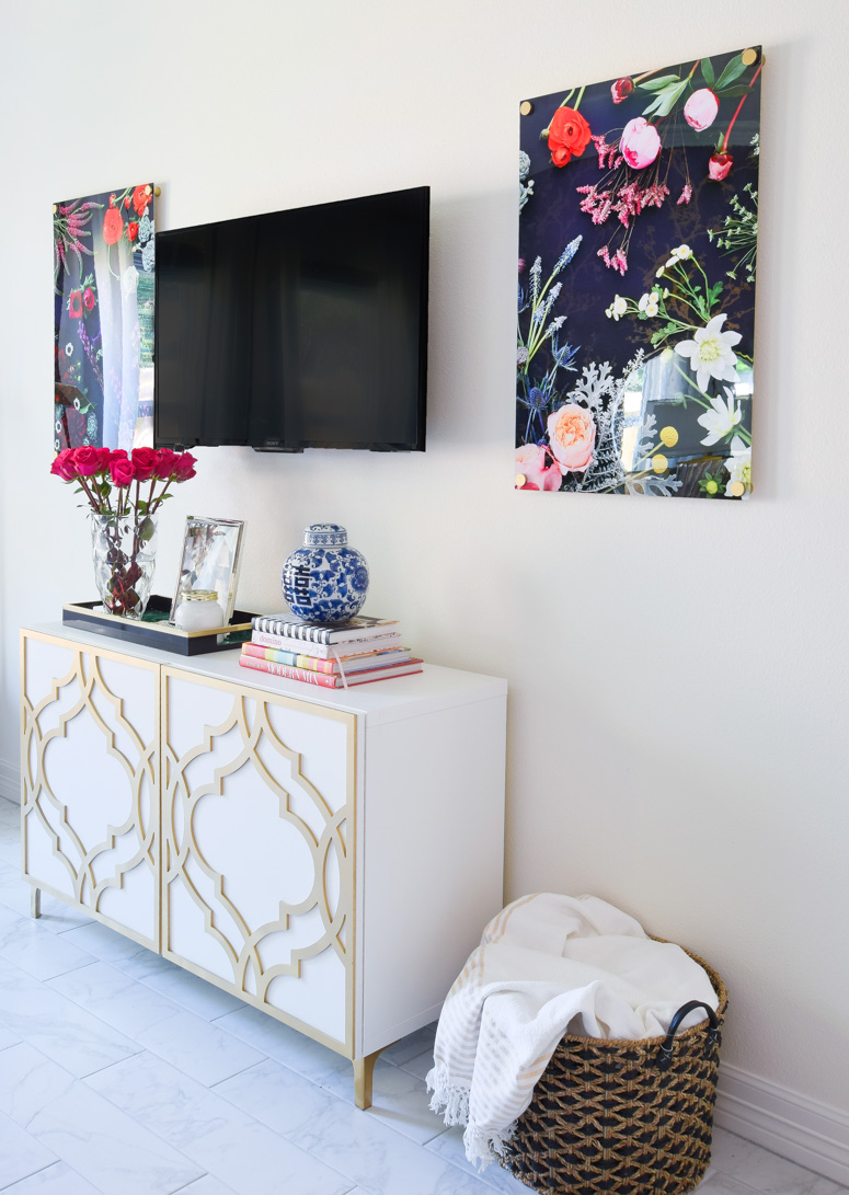 Gorgeous TV gallery wall decor and ideas for a master bedroom suite.