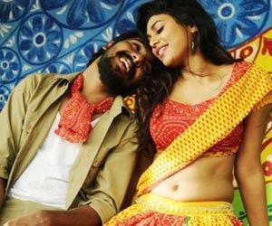 Manisha Yadev Hot navel Image collection