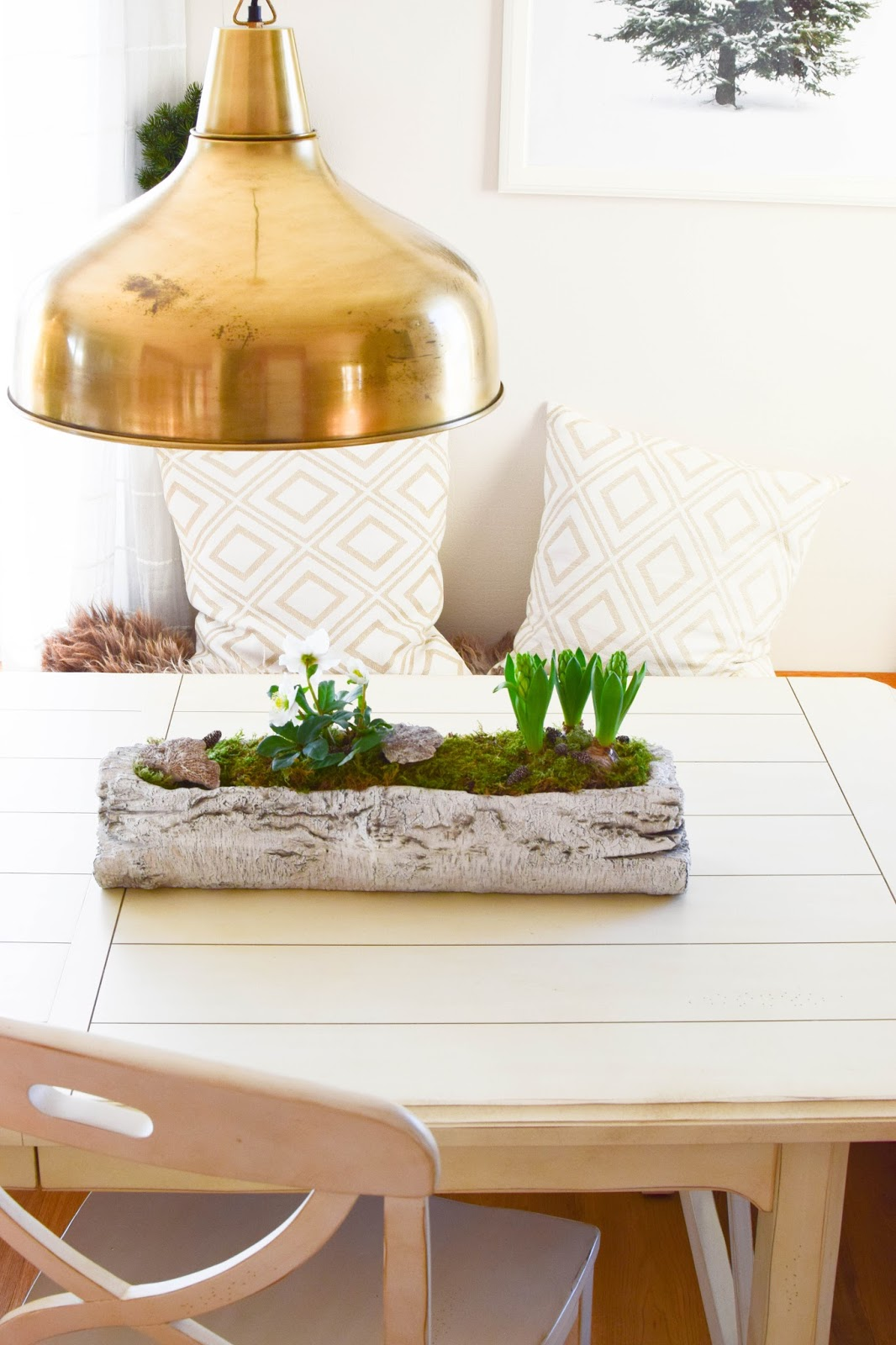 deko mit hyazinthen dekoideen mit tulpen hyazinthen und ranunkeln tischdeko osterhase im. Black Bedroom Furniture Sets. Home Design Ideas