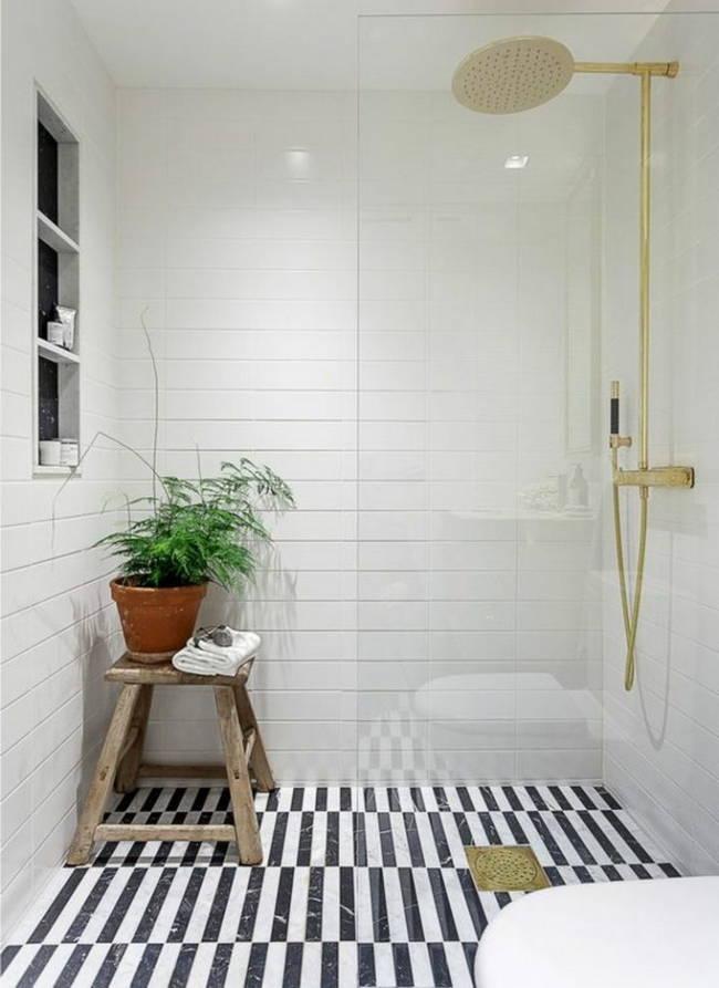 siyah beyaz çizgili banyo zemin döşemesi