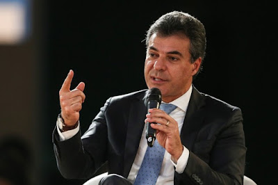 Presidente do STJ manda soltar ex-governador Beto Richa